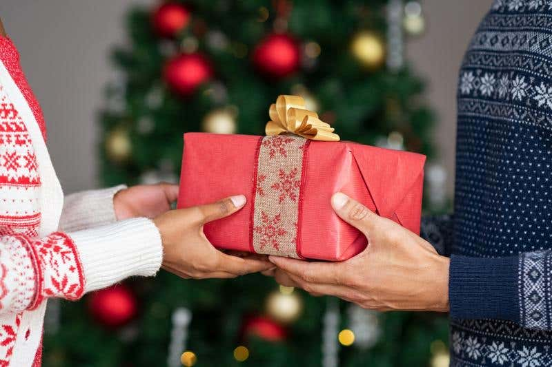 How To WOW Your Residents This Holiday Season
