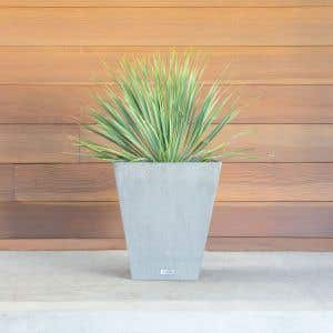 Outdoor Planters - The Nobleton